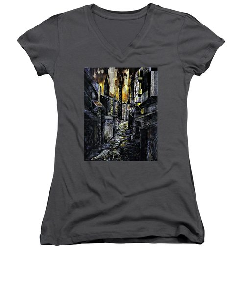 Istanbul Impressions. Lost In The City. Women's V-Neck T-Shirt
