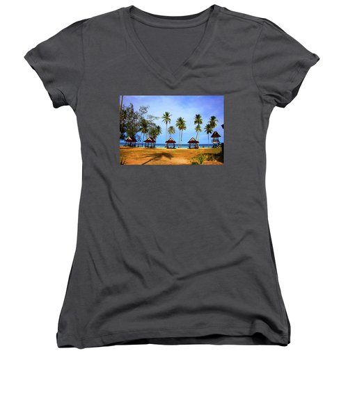It's Real And Close Women's V-Neck T-Shirt (Junior Cut) by Jez C Self