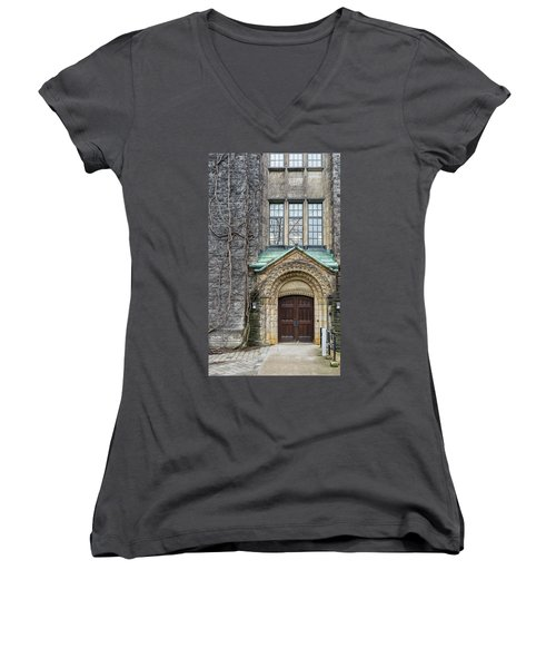 Ivy And The Door Women's V-Neck (Athletic Fit)