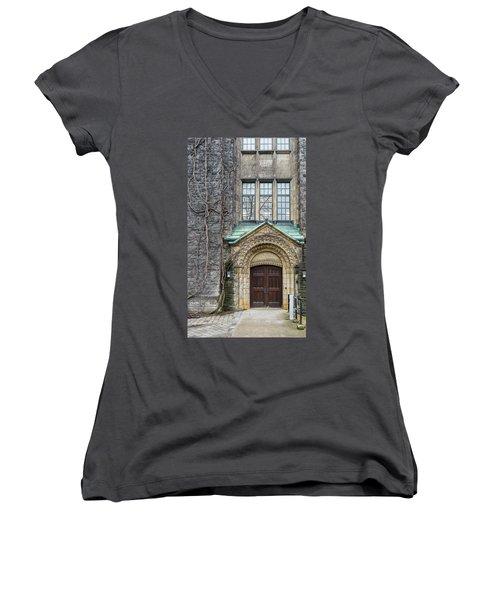 Ivy And The Door Women's V-Neck T-Shirt