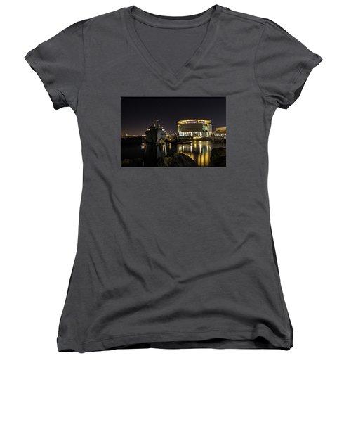 Women's V-Neck T-Shirt featuring the photograph Jamaica Bay At Discovery World by Randy Scherkenbach