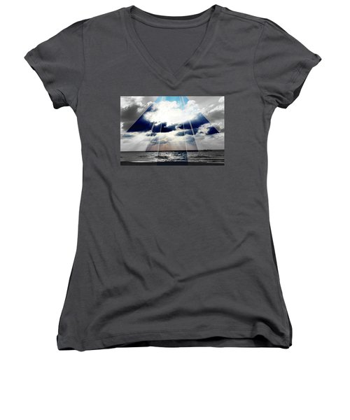 Jamaica Sunset Art Deco Bw With Color Women's V-Neck (Athletic Fit)