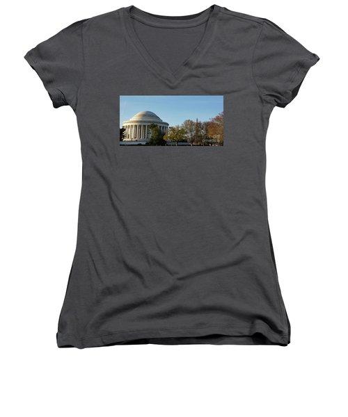 Jefferson Memorial Women's V-Neck T-Shirt (Junior Cut) by Megan Cohen