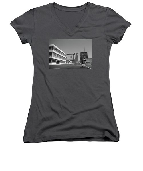 Women's V-Neck T-Shirt (Junior Cut) featuring the photograph Kansas City - 18th Street Bw by Frank Romeo