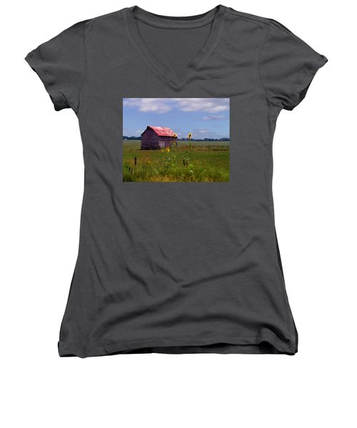 Kansas Landscape Women's V-Neck T-Shirt