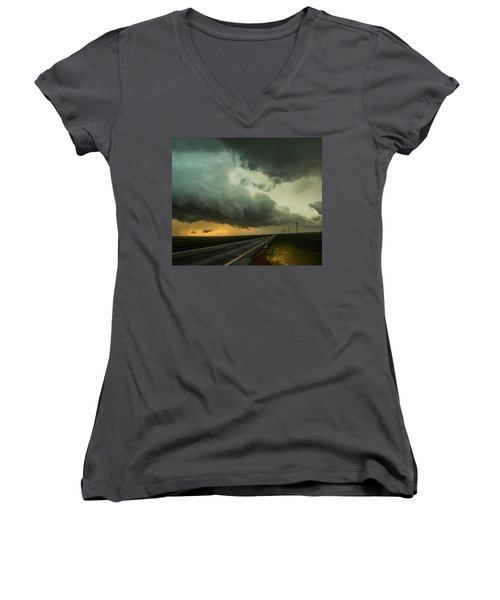 Kansas Storm Chase Bust Day 004 Women's V-Neck T-Shirt
