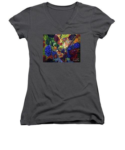 Katy's Grapes Women's V-Neck T-Shirt