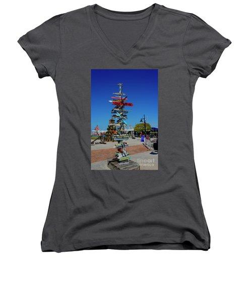 Key West Destination Sign Women's V-Neck T-Shirt