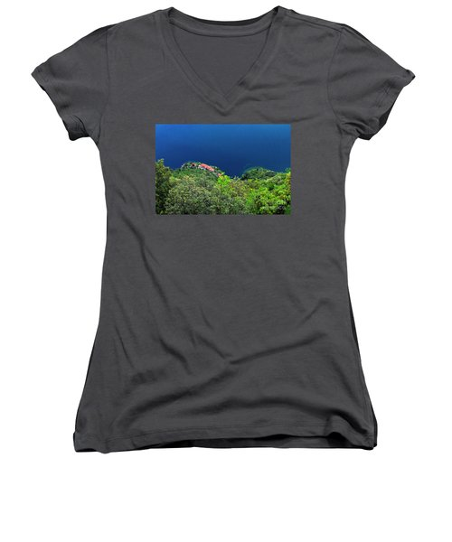 Lake Garda  Women's V-Neck T-Shirt