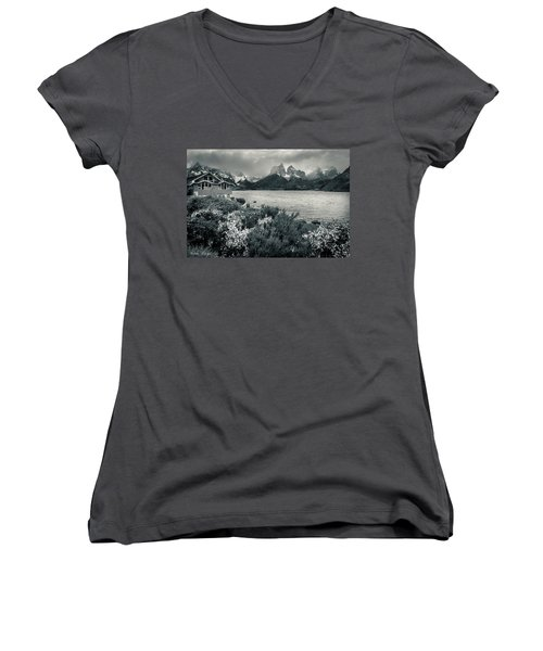 Women's V-Neck T-Shirt (Junior Cut) featuring the photograph Lake Pehoe In Black And White by Andrew Matwijec