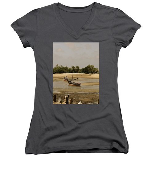 Lamu Island - Wooden Fishing Dhows At Low Tide With Pier - Antique Women's V-Neck (Athletic Fit)