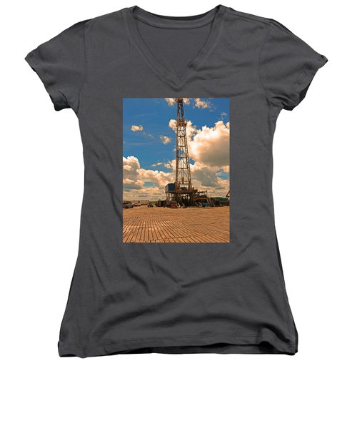 Land Oil Rig Women's V-Neck T-Shirt