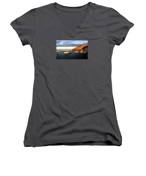 Women's V-Neck T-Shirt featuring the photograph Last Rays At The Bay by Nareeta Martin