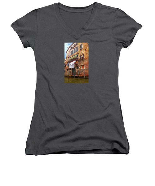 Women's V-Neck T-Shirt featuring the photograph Laundry Drying In Venice by Anne Kotan
