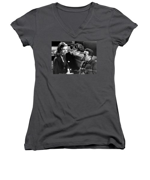 Lauren Bacall Humphrey Bogart Film Noir Classic The Big Sleep 1 1945-2015 Women's V-Neck