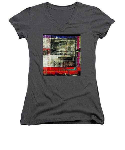 Les Lieux, Les Noms, Tous Les Indices Women's V-Neck T-Shirt (Junior Cut) by Danica Radman