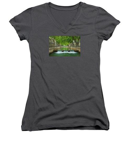 Les Quais De La Fontaine Women's V-Neck T-Shirt (Junior Cut) by Scott Carruthers