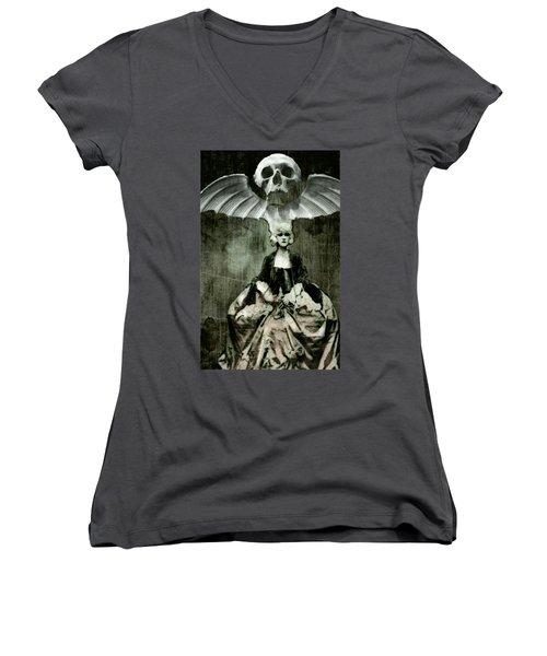 Let Them Eat Cake Women's V-Neck T-Shirt