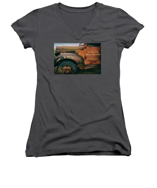Lettering Women's V-Neck T-Shirt