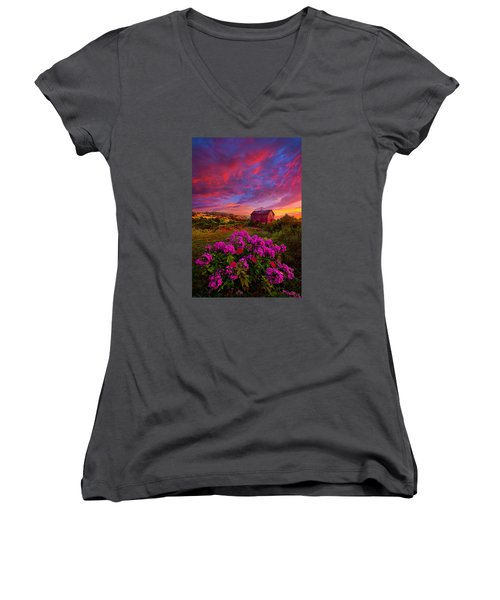 Live In The Moment Women's V-Neck (Athletic Fit)