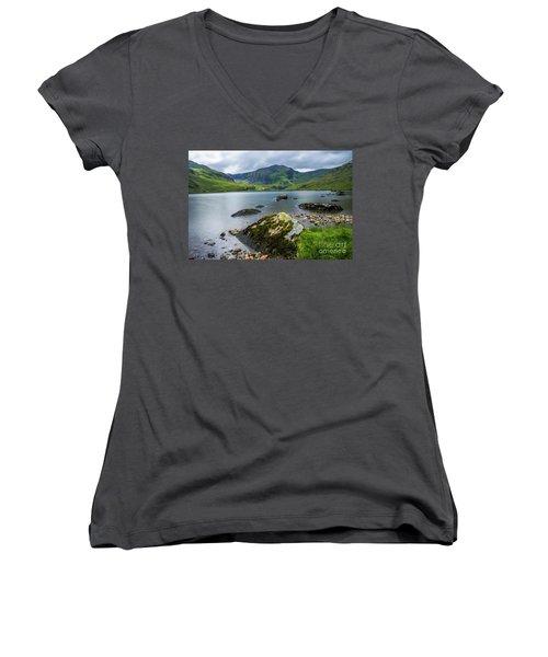 Llyn Ogwen Glyder Fawr Women's V-Neck T-Shirt (Junior Cut) by Ian Mitchell