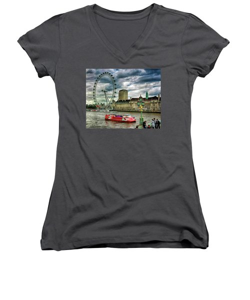London Eye Women's V-Neck (Athletic Fit)