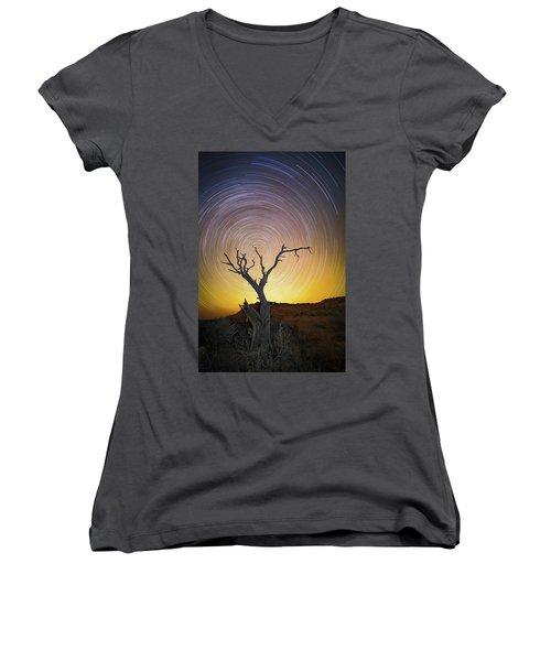 Lone Tree Women's V-Neck