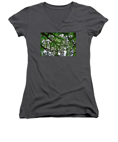 Looking Up The Oaks Women's V-Neck