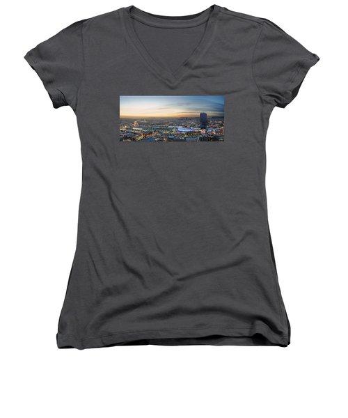 Los Angeles West View Women's V-Neck T-Shirt (Junior Cut)