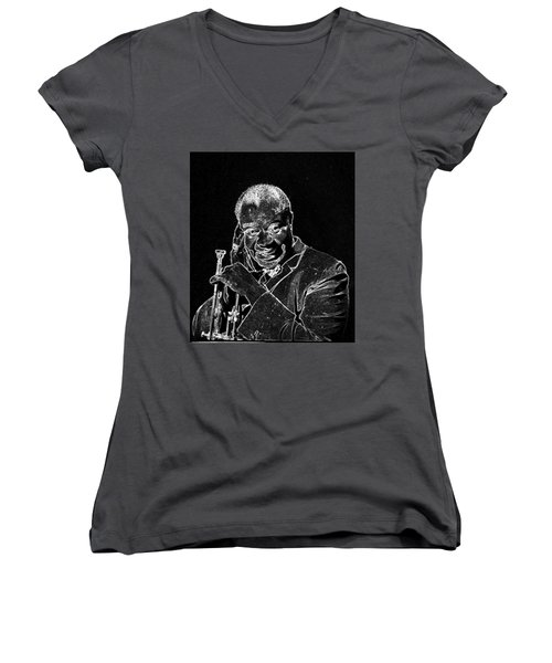 Louis Armstrong Women's V-Neck T-Shirt (Junior Cut) by Charles Shoup