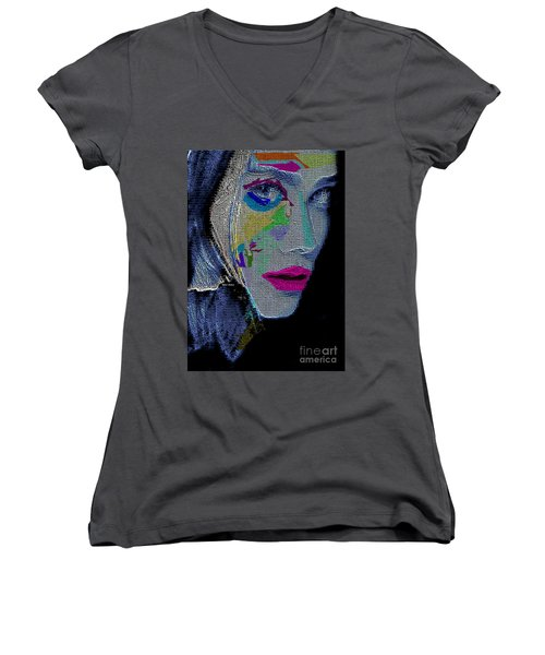 Women's V-Neck T-Shirt featuring the digital art Love The Way You Look by Rafael Salazar