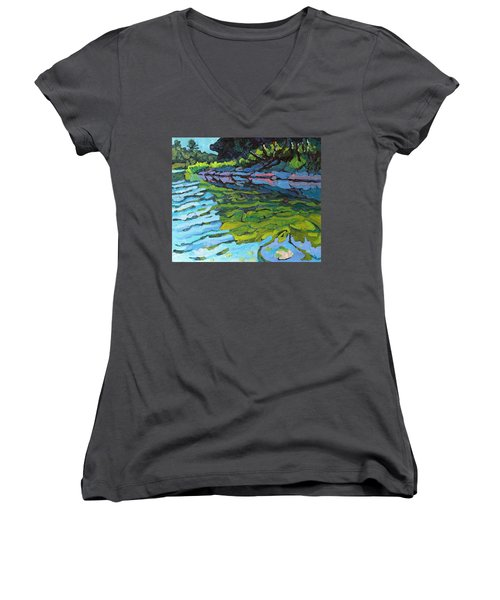 Lyndhurst Shoreline Women's V-Neck