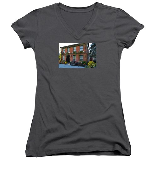 Madison Winery In Fall Women's V-Neck T-Shirt