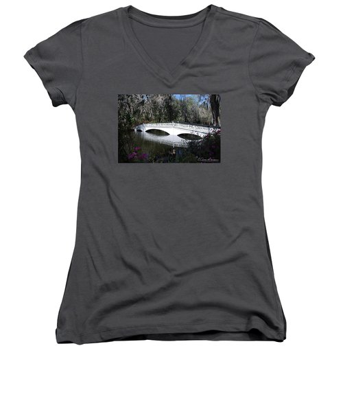 Magnolia Plantation Bridge Women's V-Neck T-Shirt