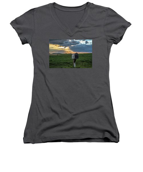 Mail Box In North Dakota  Women's V-Neck