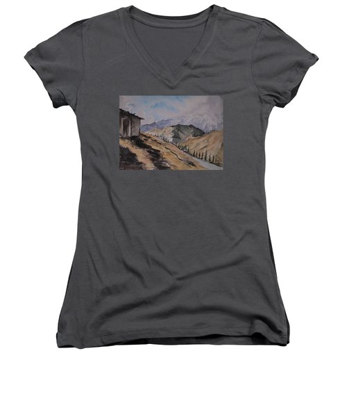 Manali Scene Women's V-Neck T-Shirt