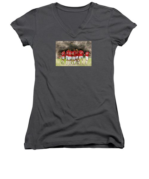 Manchester United  In Action  Women's V-Neck T-Shirt (Junior Cut) by Don Kuing