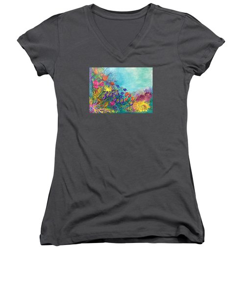 Many Colours Women's V-Neck (Athletic Fit)