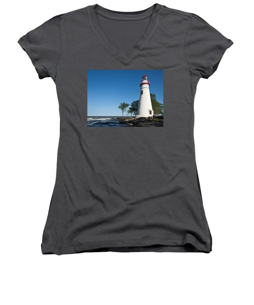Women's V-Neck featuring the photograph Marblehead Lighthouse by Dale Kincaid