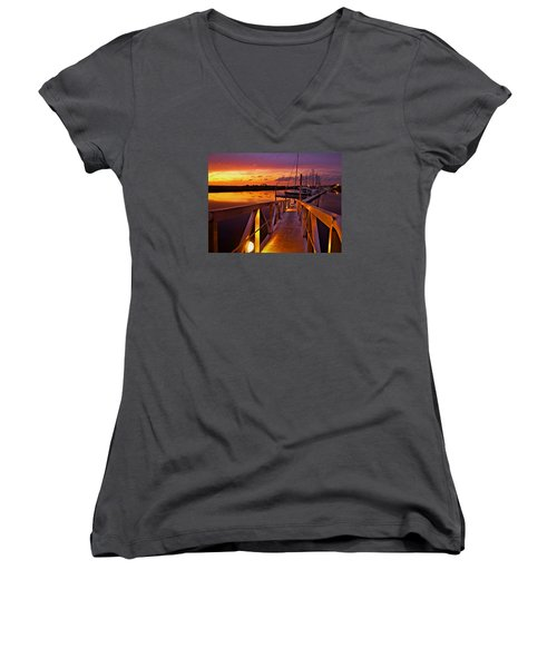 Marina Sunset Women's V-Neck T-Shirt (Junior Cut)