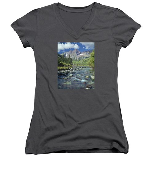 210404-maroon Bells And Creek  Women's V-Neck T-Shirt