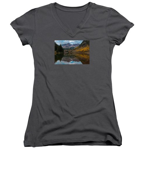 Maroon Bells Women's V-Neck T-Shirt (Junior Cut) by Gary Lengyel