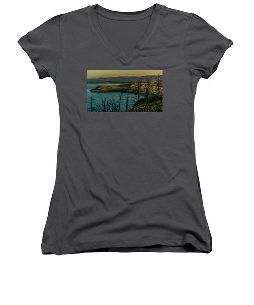 Mary Bay At Dawn Women's V-Neck T-Shirt (Junior Cut) by Yeates Photography