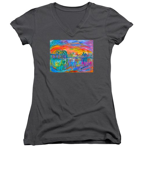 Memphis Spin Women's V-Neck