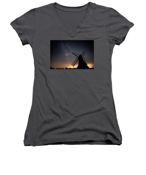 Women's V-Neck featuring the photograph Milky Way At Wicken by James Billings