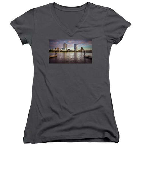 Milwaukee Skyline Women's V-Neck