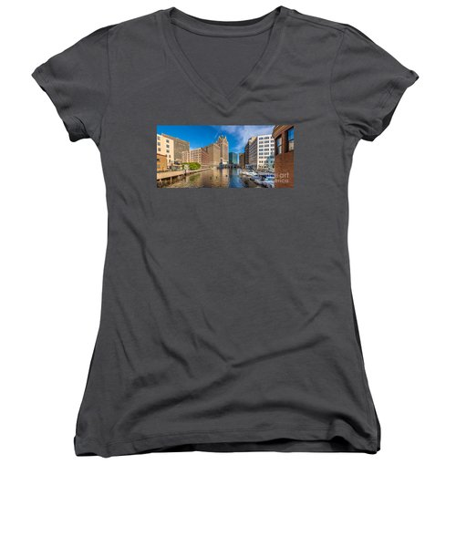 Milwaukee Summer Nights Women's V-Neck (Athletic Fit)