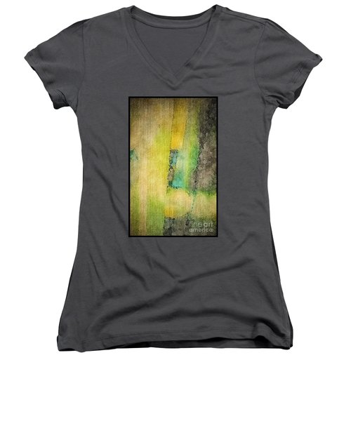 Mirror Women's V-Neck T-Shirt
