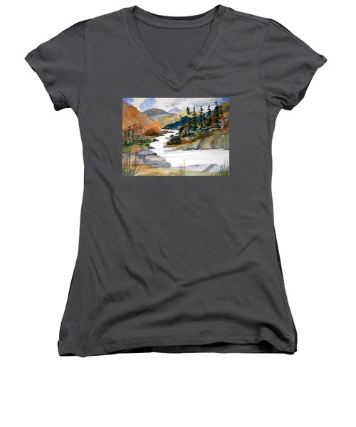 Montana Canyon Women's V-Neck (Athletic Fit)
