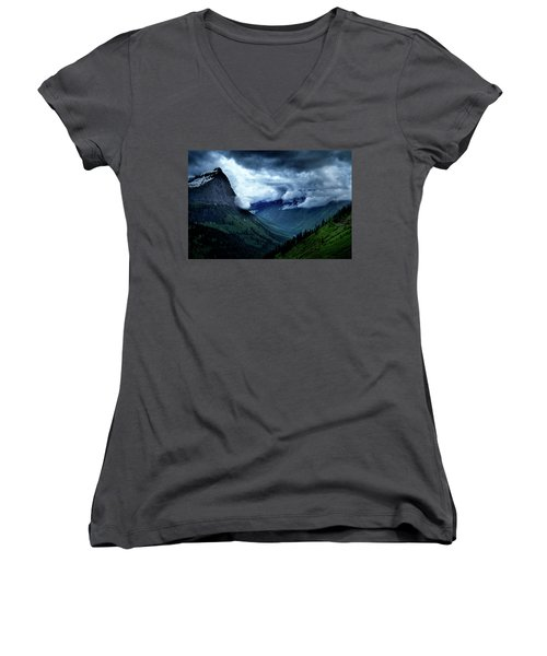 Montana Mountain Vista Women's V-Neck